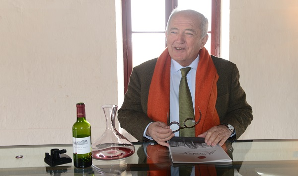 Alfred Tesseron mit Pontet-Canet 2012                                    Foto:  Matthias Hilse